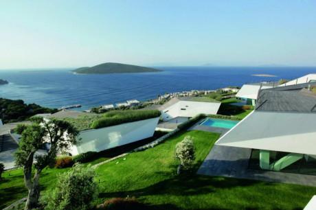 5 вилл на склоне с видом на море в Турции