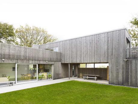 Деревянный дом в Швеции