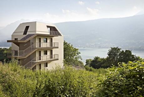 Многоквартирный дом в Италии