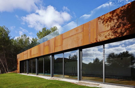 Расширение дома в Испании