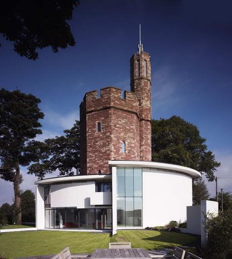 Дом из водонапорной башни в Англии 2