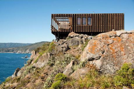 Дом на скале в Чили