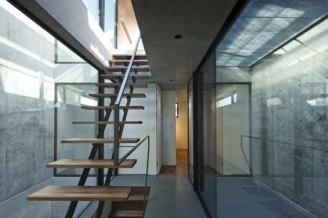 Neut House 6