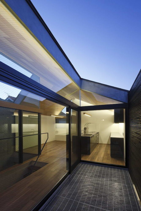 Neut House 9