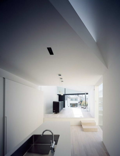 Дом Стрелка (Arrow House) в Японии от Apollo Architects & Associates.