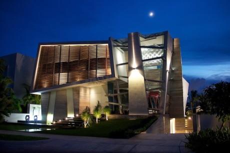 Деконструктивистский дом в Мексике