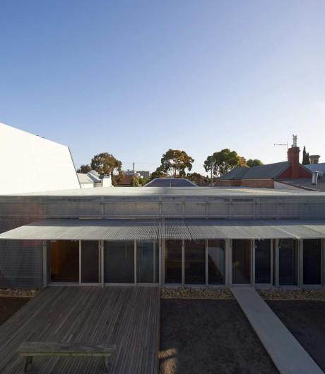 Дом на Эдвард-Стрит (Edward Street House) в Австралия от Sean Godsell.