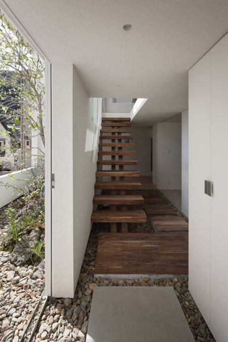 Дом с рамкой(Frame House) в Японии от UID Architects.