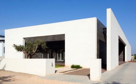 Минималистский дом в Израиле