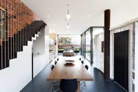 Дом на складе (House in a Warehouse) в Австралии от Splinter Society Architecture.