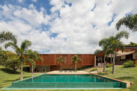 Резиденция МДТ (Residencia MDT) в Бразилии от Jacobsen Arquitetura.