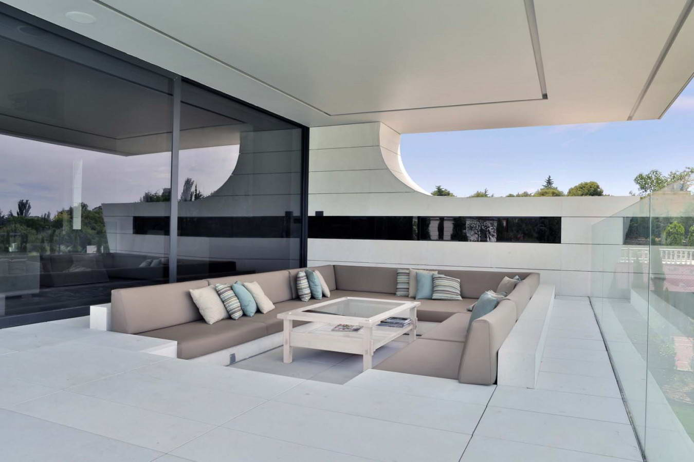 Проект дома balcony house от a-cero.
