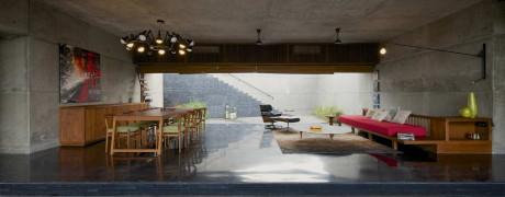 Минималистский дом в Индии