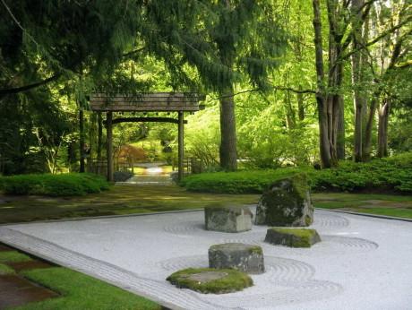 Сад камней в японском саду