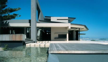 Дом Мелкбос (Melkbos House) в Южной Африке от SAOTA.