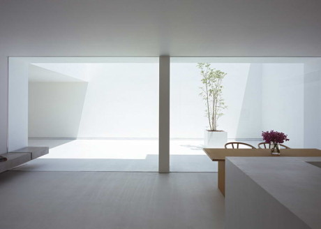 White Cave House 10