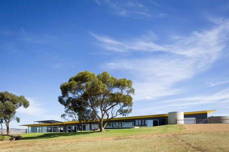 Barossa House 1 460x306 Длинный дом в Австралии