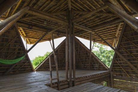 Бамбуковый дом во Вьетнаме