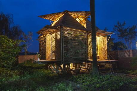 "Дом ""Цветущий бамбук"" (BB (Blooming Bamboo) home) во Вьетнаме от H&P Architects."