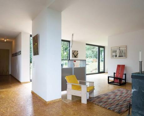 Домик из контейнеров (Containerlove) в Германии от LHVH Architekten.