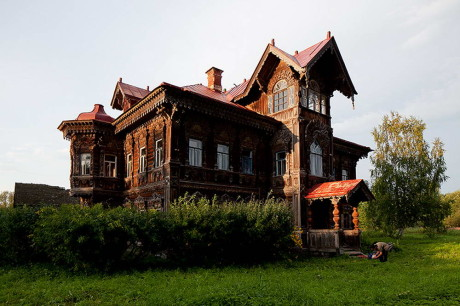 Дом в Погорелово (House in Pogorelovo) в России.