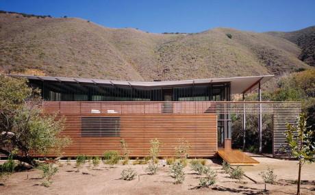Дом семьи Джексон (Jackson Family Retreat) в США от Fougeron Architecture.