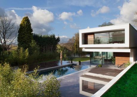 Белый дом (White Lodge) в Англии от DyerGrimes Architects.