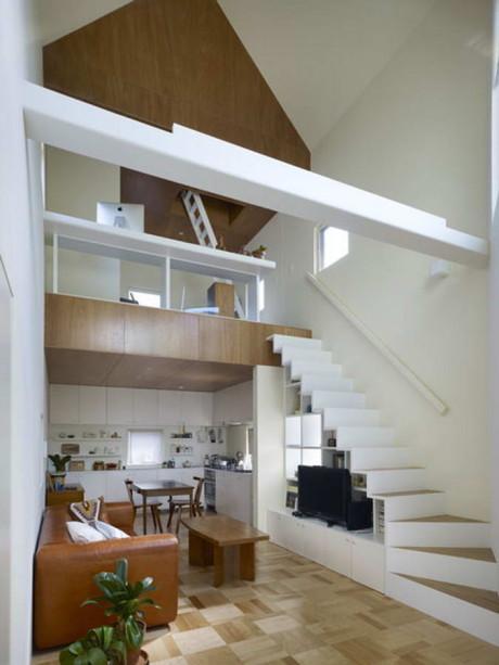 Разрезанный дом (House Snapped) в Японии от Naf Architect & Design.