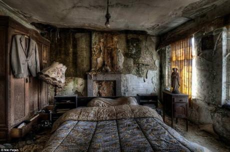 Коллекция фотографий от Ники Фейджн (Niki Feijen) в стиле Urbex.