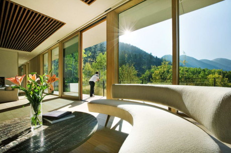 Линейный Дом (Linear House) в США от Studio B Architects.