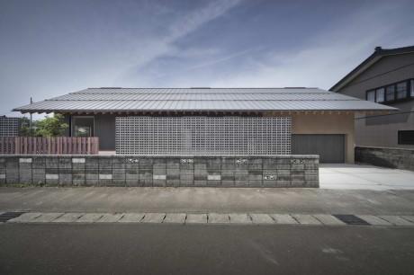 M_House 1