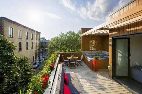 Резиденция Ментана (Mentana Residence) в Канаде от MU Architecture.