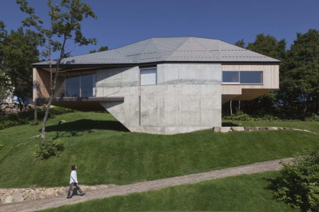 Консольный дом в Японии