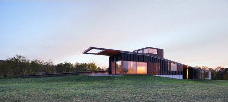 Дом-холм в США
