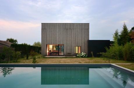 Villa B 2 460x302 Дом куб во Франции форма минимализм дерево