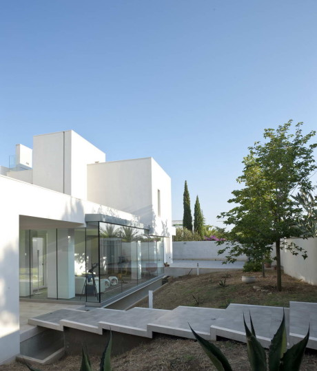 Вилла Удовольствие (Villa Di Gioia) в Италии от Pedone Working.