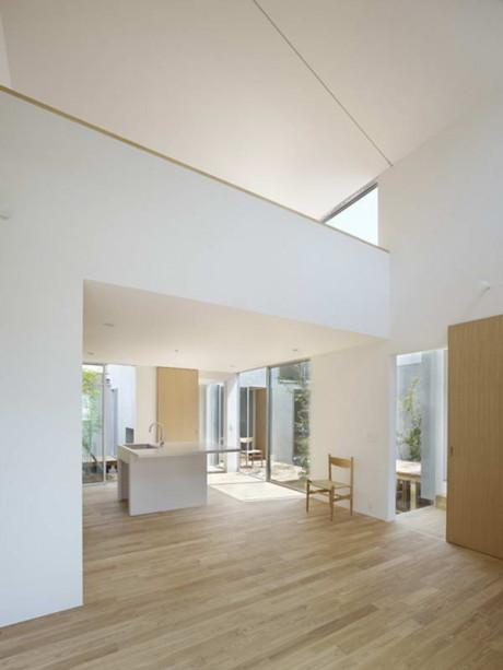Дом Н (House N) в Японии от Tomohiro Hata.