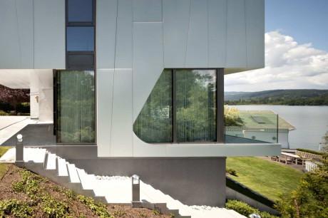 Расширение дома у озера в Австрии