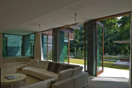 Дом на ул. 21 Jervois Hill в Сингапуре от AR43 Architects.