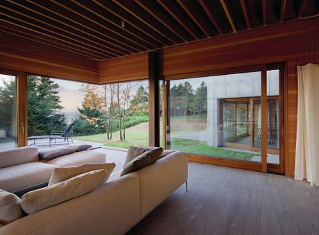 Восточный дом (East House) в США от Peter Rose + Partners.