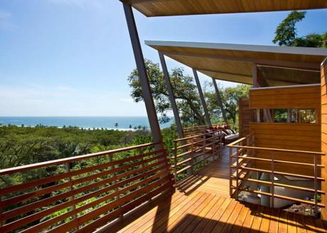 Дом Флотанта (Casa Flotanta) в Коста-Рике от Benjamin Garcia Saxe Architecture.