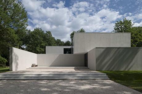 Минималистский дом в Бельгии