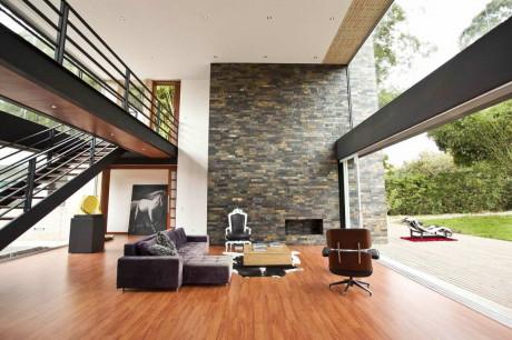 Дом Олайа (Olaya House) в Колумбии от David Ramirez.