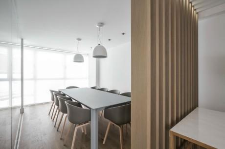 Пентхаус в Валенсии (Penthouse in Valencia) в Испании от Hernandez Arquitectos.