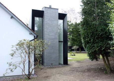 Тройное расширение дома (Triptych house extension) в Англии от Blee Halligan Architects.