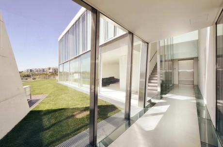 Дом Alcoutins (Alcoutins House) в Португалии от Guedes Cruz Arquitectos.