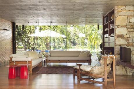 Дом ML (ML House) в Бразилии от Play Arquitetura.
