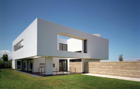 Белый дом в Греции