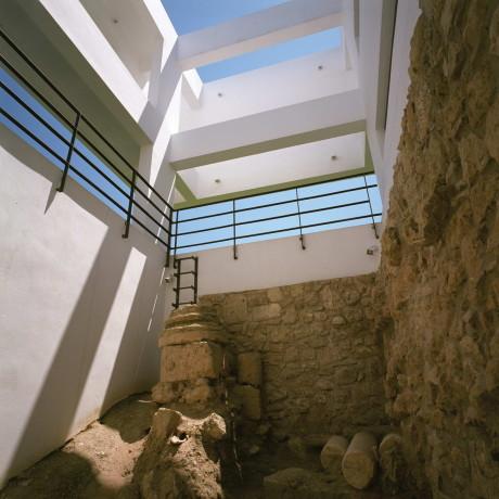 Резиденция в Древнем Коринфе (Residence in Ancient Korinthos) в Греции от Spiros Papadopoulos Studio.