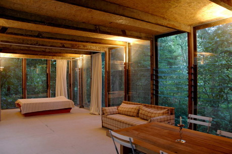 Дом в лесу (Casa na Mata) в Бразилии от Nitsche Arquitetos.